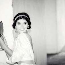 Wedding photographer Butnaru Maria (butnarumaria). Photo of 07.03.2015