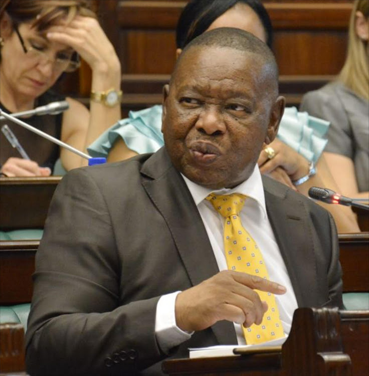 Minister of higher education Blade Nzimande believes procurement of laptops for students at tertiary institutions should be centralised and controlled by the government.
