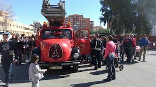 Los Bomberos de Almería abren sus puertas con motivo de la celebración de su Patrón