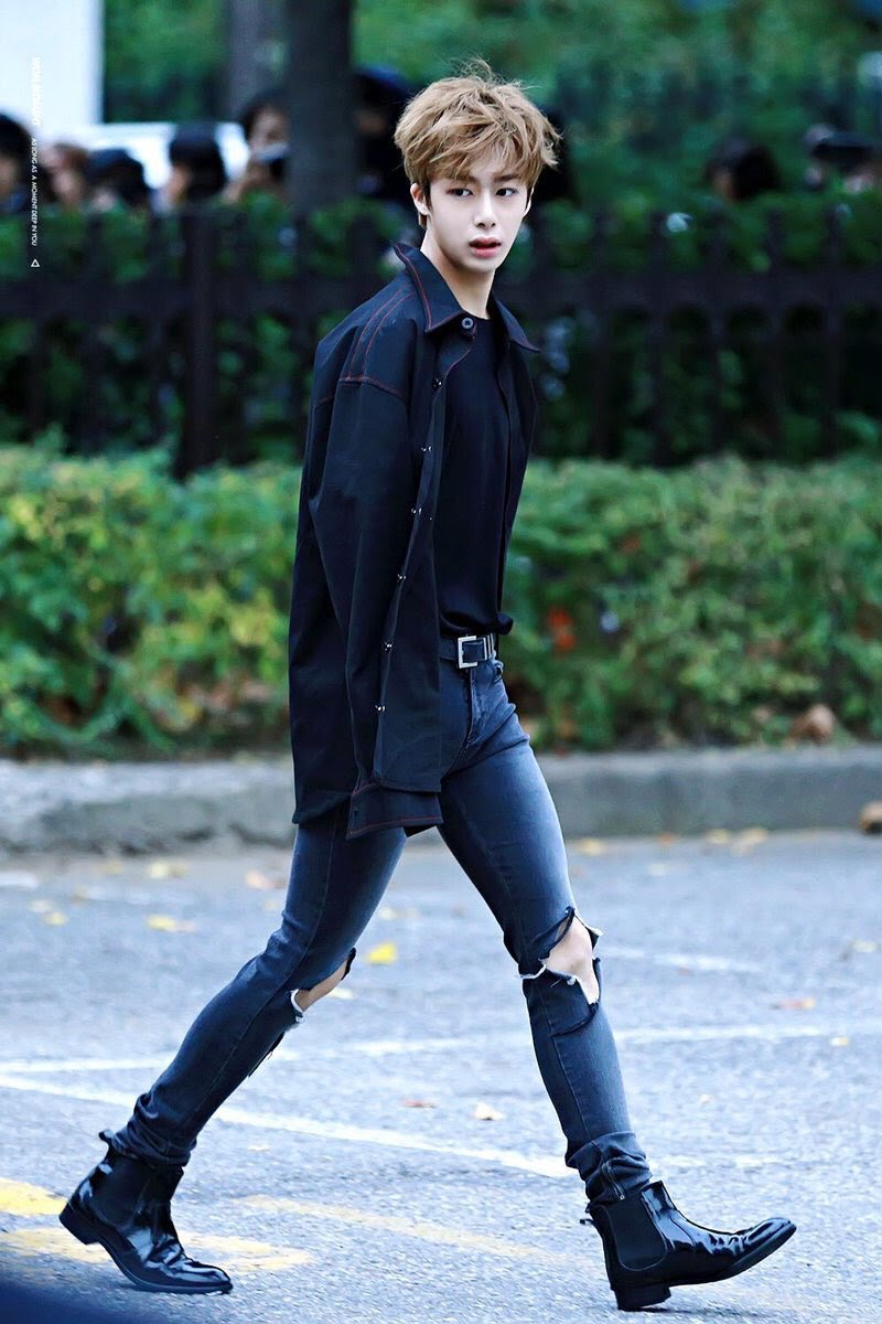 hyungwon body 24