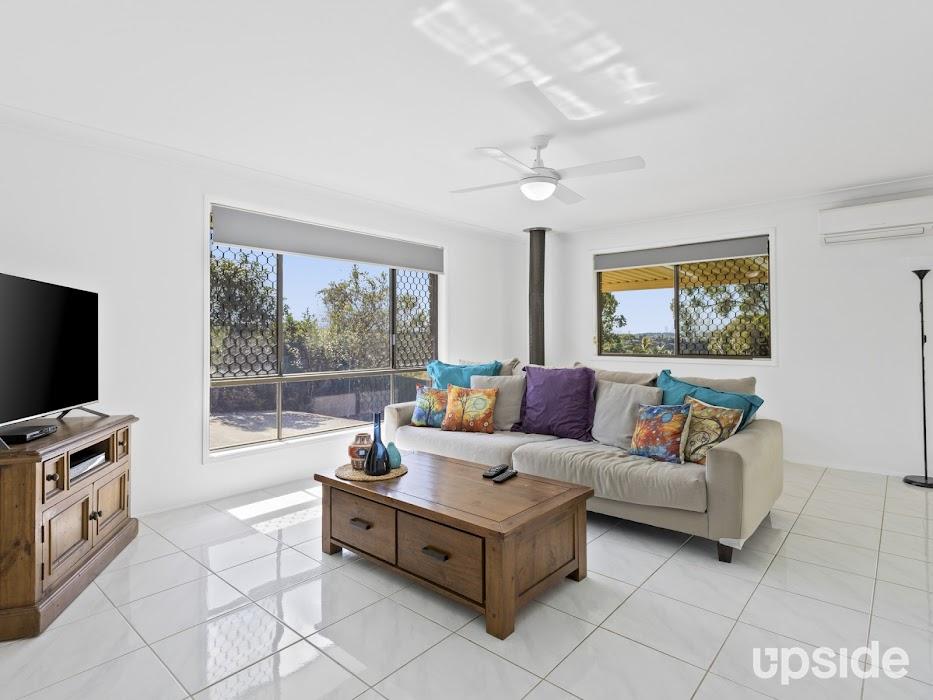 Main photo of property at 32 Jabiluka Drive, Highland Park 4211