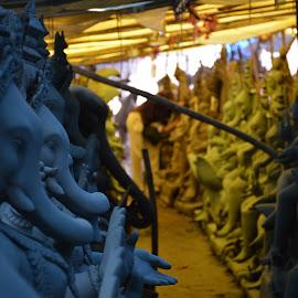 Ganesh by Himanshu Jethva - Novices Only Street & Candid ( blue, colors, art, street, artistic, festival, india, making, artist, ganesha )