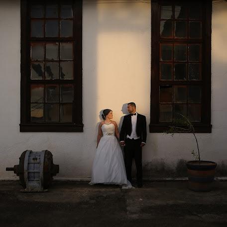 Wedding photographer Mariana Escárpita (escarpitafotogr). Photo of 18.02.2016