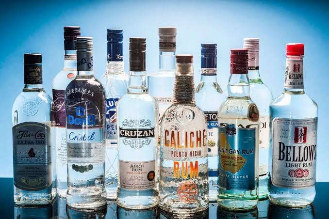 how-to-create-the-best-home-bar_white_rum