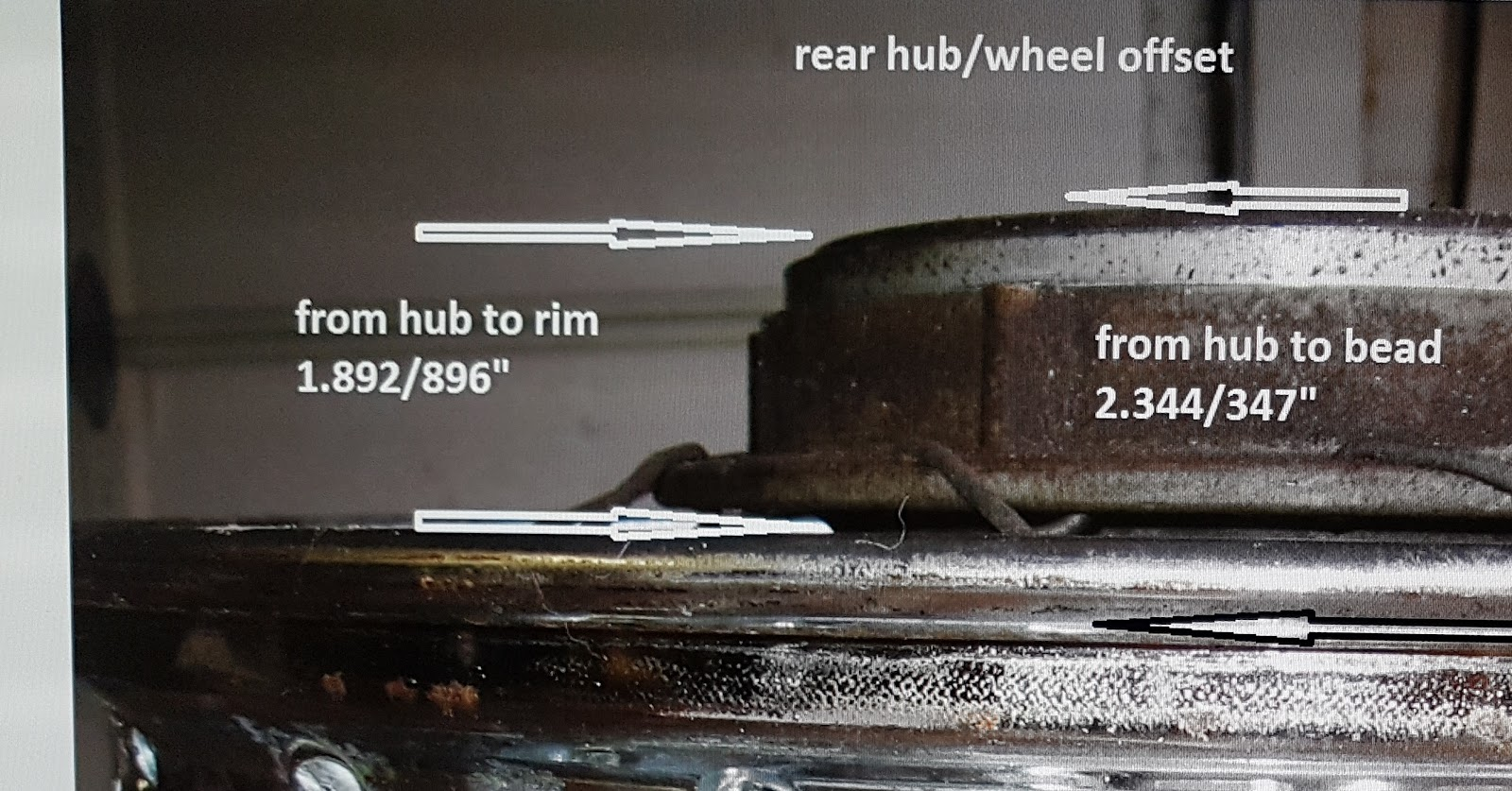 Another wheel offset example.