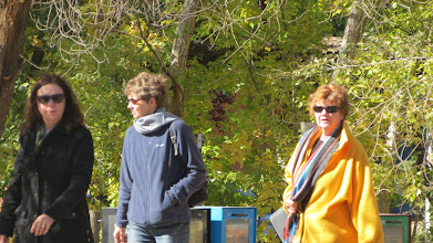 Photo: Colleen, Ronnie and Mary Carol approaching Canyon Road