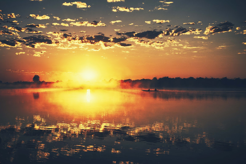 alba sul fiume di Jackass1991