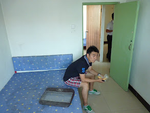 Photo: Beijing - looking for room in shared apartment, 4 bedrooms, 3 of them available, rooms ranging from 1200-1600Y, but very basic without mattresses and quite run down building, Chinese friend Luka of my Czech friend/colleague helping us with translations, even when my colleague speaks chinese as well (only me not speak chinese at all)