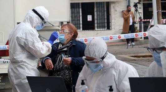 Nuevo repunte de las muertes en Almería a pesar de la bajada de la incidencia