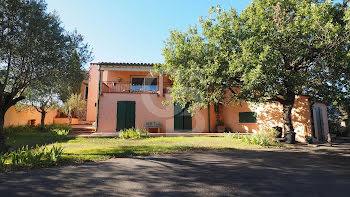 villa à Thuir (66)