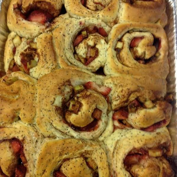Strawberry-rhubarb Almond Poppy Seed Rolls Recipe