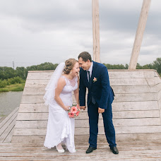 Wedding photographer Anna Medvedeva (photooflight). Photo of 21.08.2016