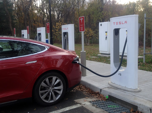 New incentive programs for EV Buyers, but Connecticut's goal still a long way off