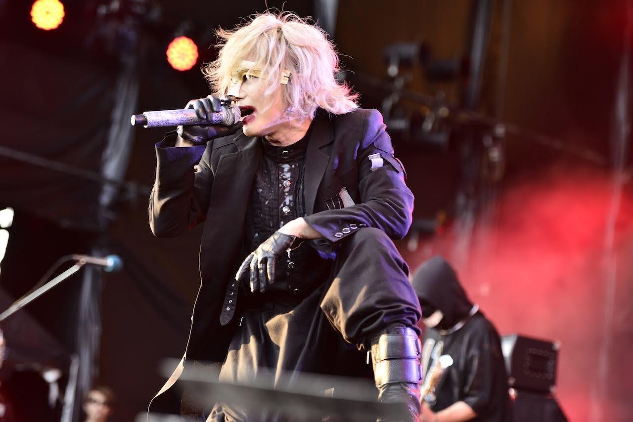 【迷迷現場】ROCK IN JAPAN 2019 HYDE 翻玩去年梗 搞笑自介:「我是HYDE的主唱HYDE。」