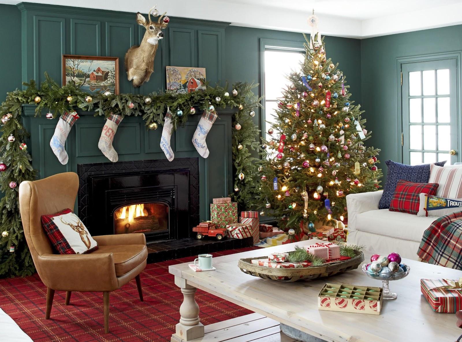 Christmas Theme Wall Decor Ideas