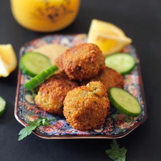 How to Make Crispy & Delicious Falafel at Home