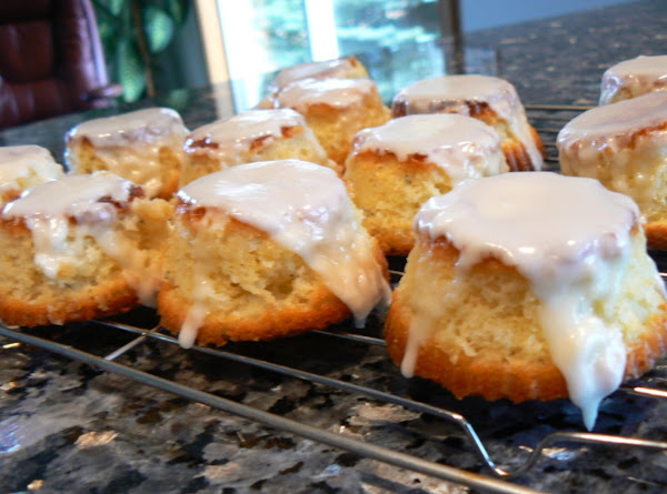 Mini Olive Oil Cakes With Lemon Glaze Recipe