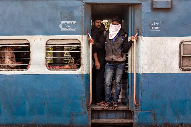 Tempo di Covid sui treni di Calcutta di Maximus57