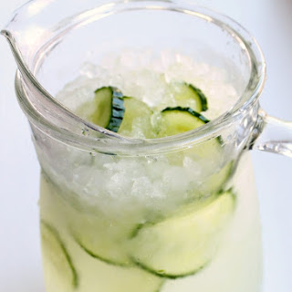 Sparkling Cucumber Limeade Party Drink