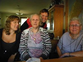 Photo: Här är tre Generationer men det finns ju 4 alla våra  7 barnbarn  Från vänster Kristina-Agda-Maria-Siv