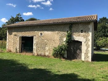 maison à Merignac (17)