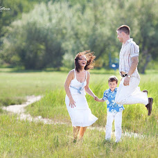 Wedding photographer Evgeniya Kotova (kotova). Photo of 16.07.2013