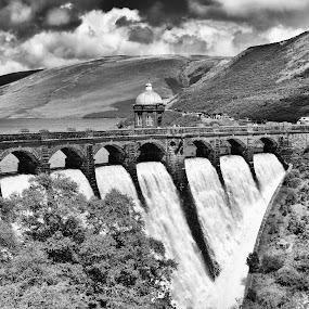 Craig Goch dam, Elan Valley by Elaine Delworth - Black & White Landscapes