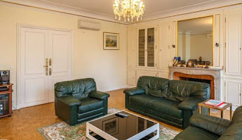 Style and perfection 3 bedroom apartment in Champs-Élysées