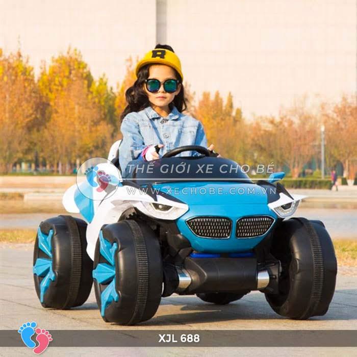 Xe ô tô điện địa hình cho bé XJL-688 17