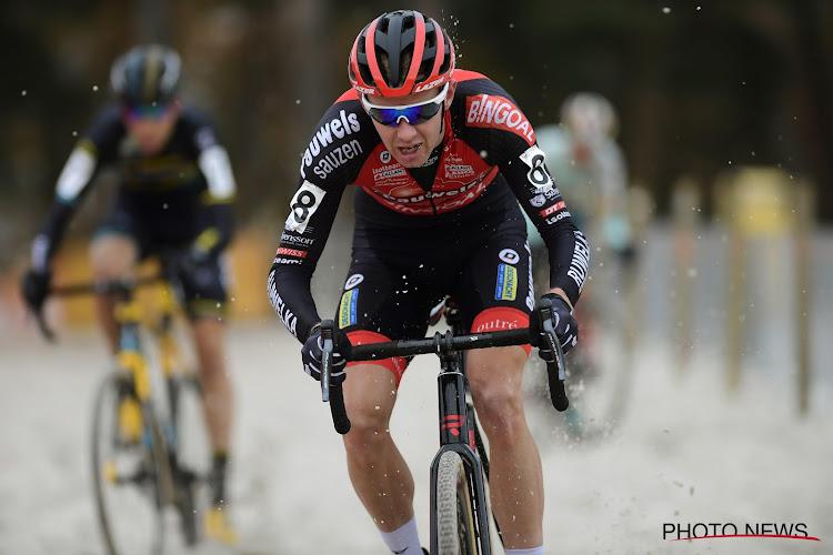 Dieter Vanthourenhout kiest een virologisch erg slim parcours voor trainingstocht