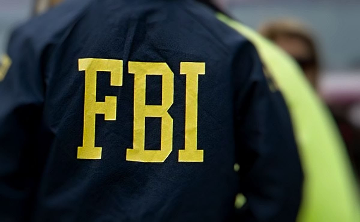 FBI agent whistleblower charged with espionage