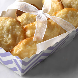 Chewy Coconut Macaroons.