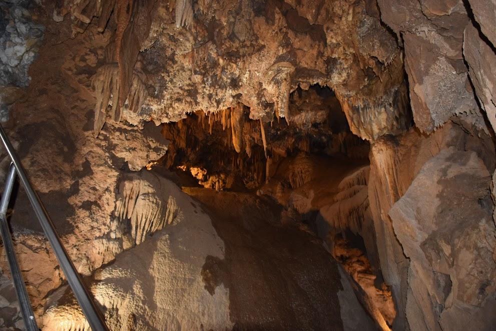 Passage into the caverns