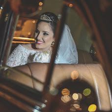 Wedding photographer Helton Carneiro (heltoncarneiro). Photo of 15.02.2016