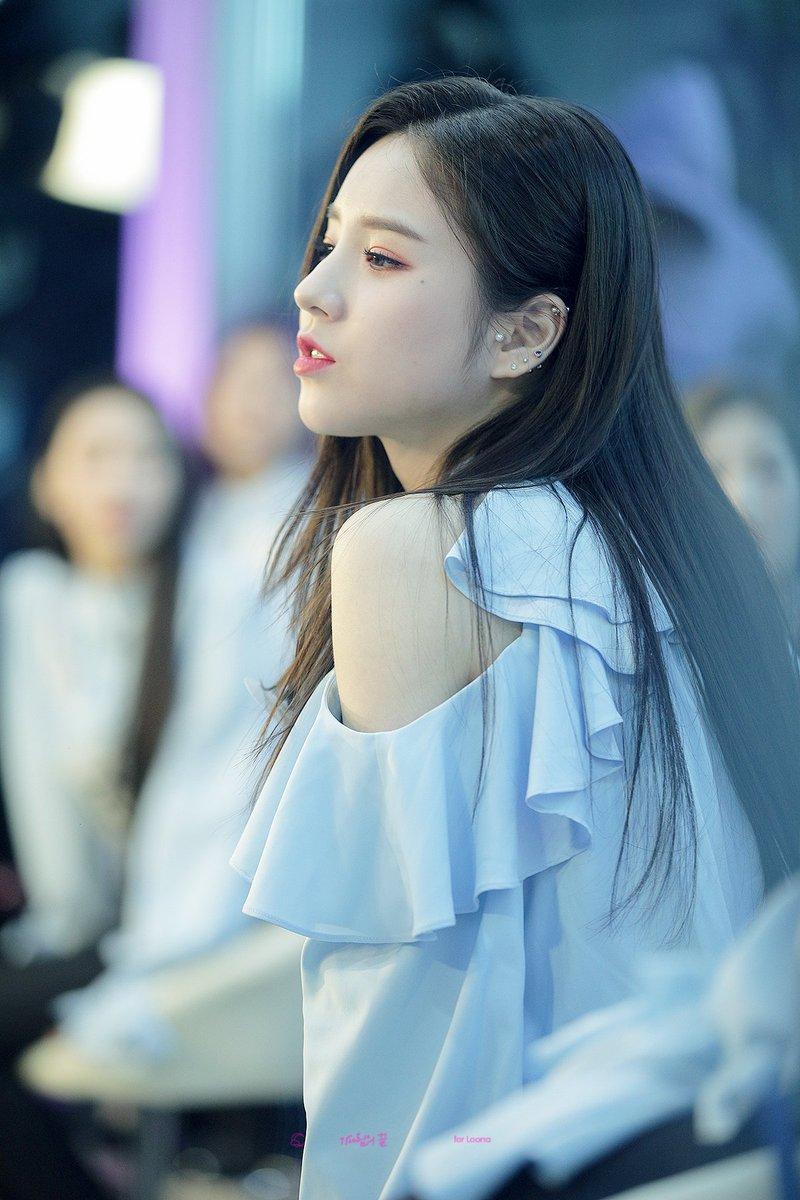 heejin profile 12