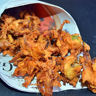 Onion Pakoda Recipe, How To Make Onion Pakoda