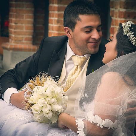 Fotógrafo de bodas John Villarreal (JohnVillarreal). Foto del 08.07.2016