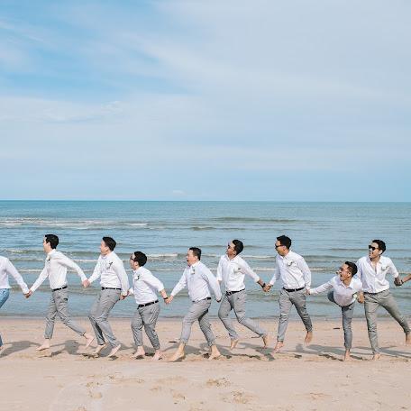 Wedding photographer Nattapol Jaroonsak (DOGLOOKPLANE). Photo of 19.07.2017
