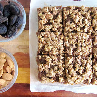 Raw Vegan Almond Fig Bars.