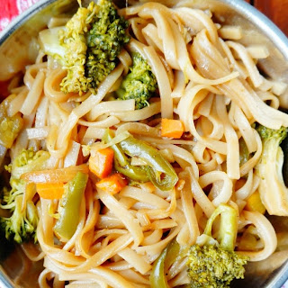 Recipe of Chinese style Rice broccoli noodles.
