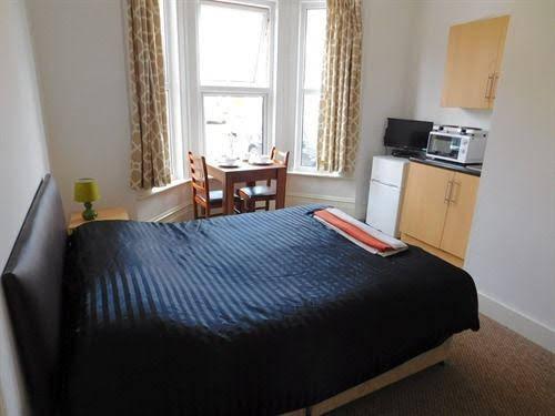 Spencer Inn Apartments