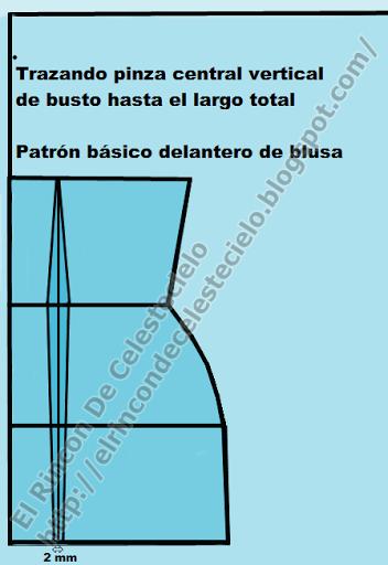 Trazando la pinza vertical hasta el orillo del patrón de blusa