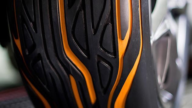 beetum achat de pneus pas cher pour auto et motos. Black Bedroom Furniture Sets. Home Design Ideas