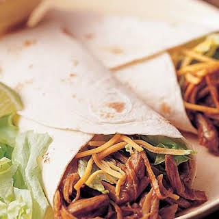 Slow-Cooker Tex-Mex Turkey Wraps (Crowd Size).