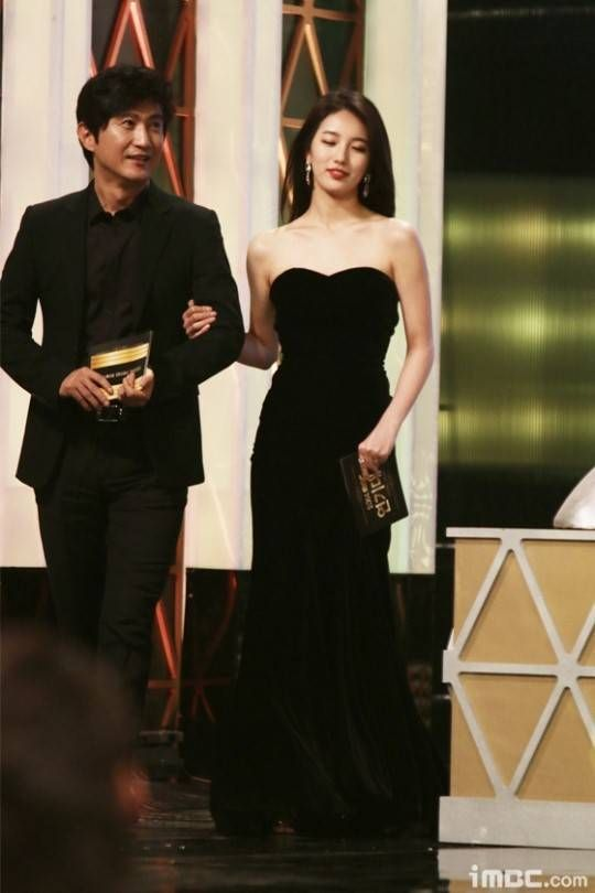 suzy gown 41