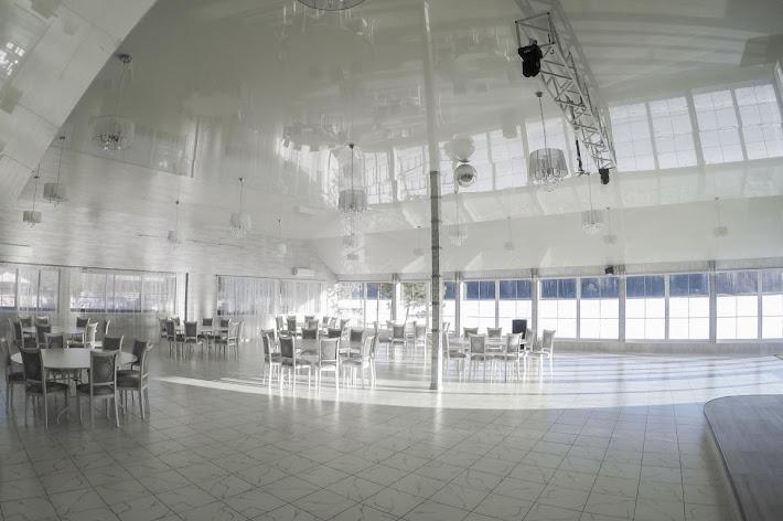 Фото №10 зала Зал на берегу