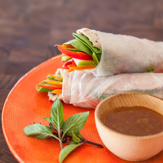 Vietnamese Spring Rolls with Slow Cooker Pork Recipe (and video!).