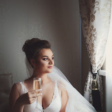 Wedding photographer Aleksandr Cunik (saneekk1). Photo of 05.09.2017