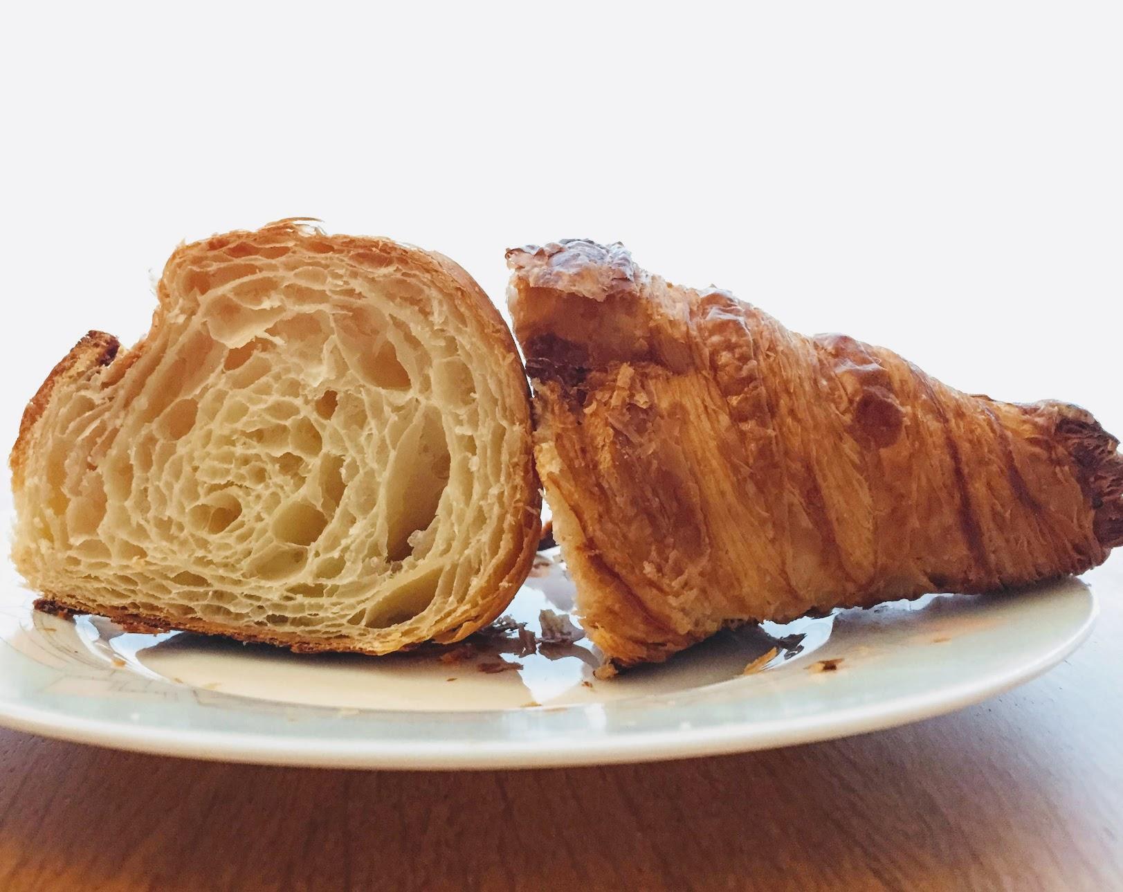 Des Gâteaux et du Painガトーエデュパンのクロワッサン