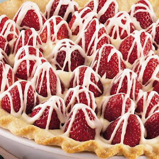 White Chocolate-Strawberry Pie.